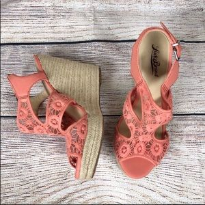 Lucky Brand | Floral Lace Wedges